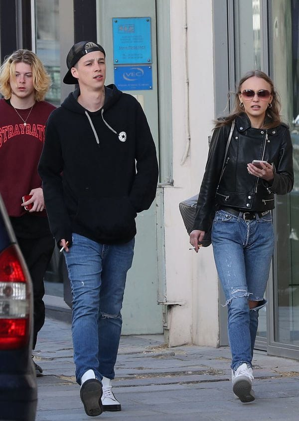 Lily-Rose-Johnny-Depp-daughter-hija-fashion-bio-Ash-Stymest-5
